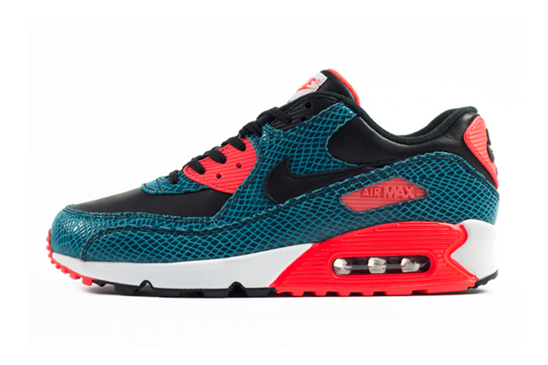 780f7b3a48 ... how to clean nike air max 90 infrared ...