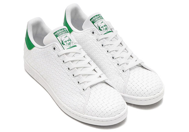 http://www.thedailycloth.com/wp-content/uploads/2016/12/adidas-stan-smith-woven-white-green-BB1468.jpg